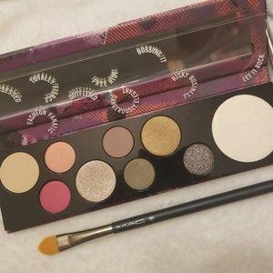 MAC Cosmetics Makeup - 💝BNIB💝 Mac Risk Taker Pallet